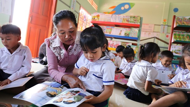 How to Read to Children: Why Training Teachers Matters